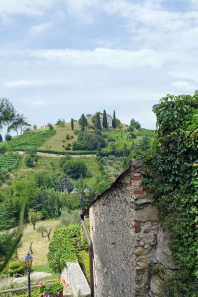 Italian country villa ©iStockphoto.com/mcveras