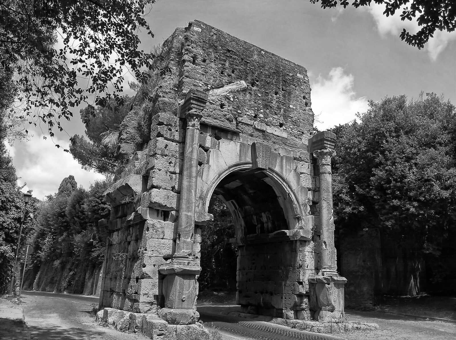 Nearby Roman Arch